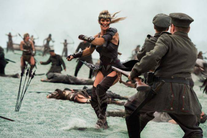 wonder woman antiope robin wright