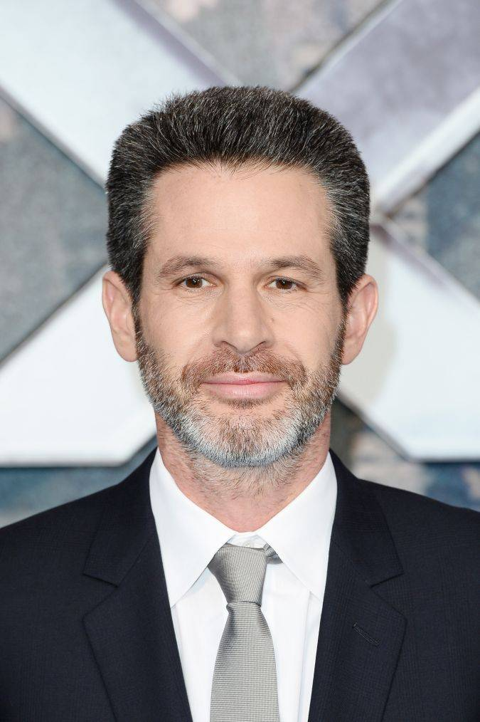 simon kinberg director x-men dark phoenix