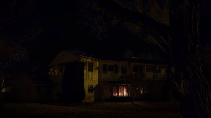 better call saul 3x10 incendio casa chuck muerte suicidio