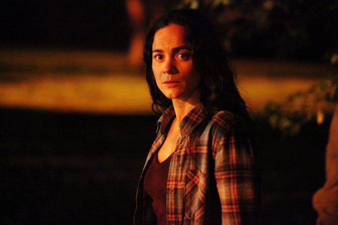 queen of the south alice braga