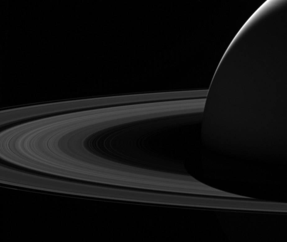 NASA,Cassini,Saturno