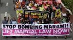 Filipinas: marchan ante prórroga de la ley marcial en Mindanao pedida por Duterte - Noticias de policias muertos