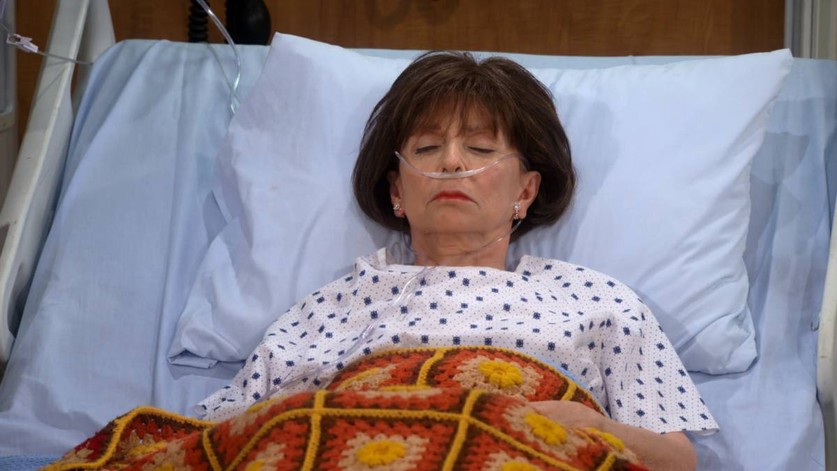 one day at a time final temporada 2 lydia coma