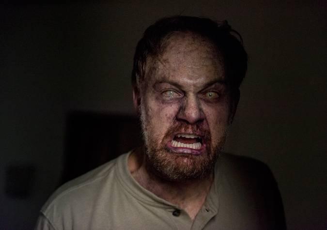 il morto che cammina 8x13 tobin zombie jason douglas