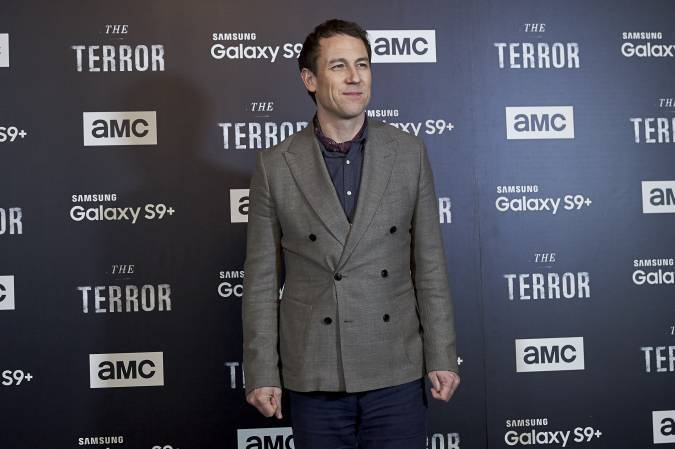 Confirman al actor que interpretará al príncipe Felipe — The Crown