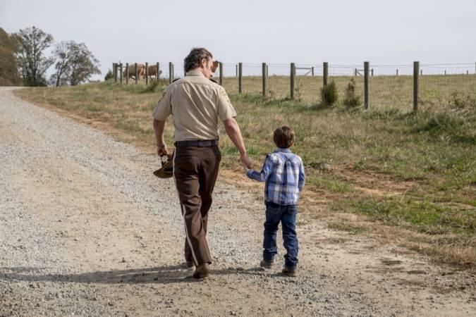 the walking dead final temporada 8 carl rick grimes