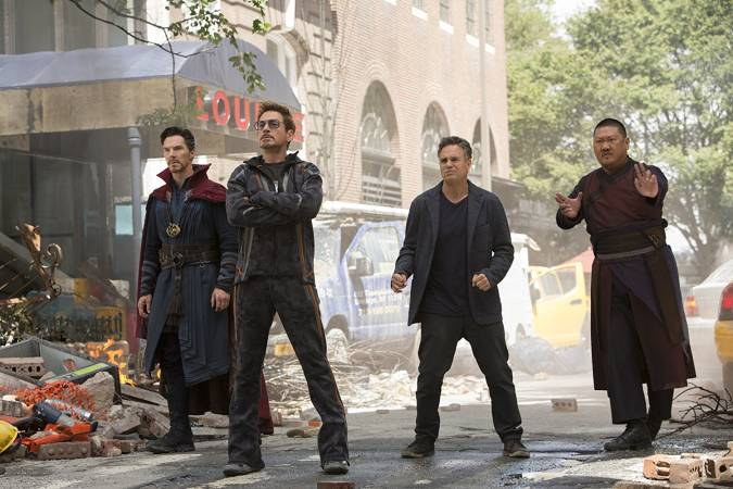 avengers infinity war doctor strange tony stark iron man