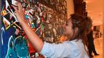 Artista de Kenia crea pinturas para personas invidentes - Noticias de discapacidad