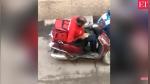 YouTube: captan a repartidor comiéndose la comida que debía entregar - Noticias de aplicaciones móviles