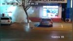 Niño provoca explosión en acera por jugar con fuegos artificiales - Noticias de pirotécnicos