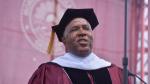 Robert F. Smith, el millonario que sorprendió a más de 400 graduados anunciando que pagará sus estudios - Noticias de medios de comunicaci������n