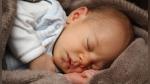 El insólito caso del taxista que llevó durante horas a un recién nacido olvidado por sus padres - Noticias de bebé