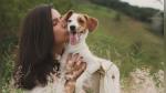 ¿Tienes un perro? Entonces es probable que lo beses más que a tu pareja - Noticias de encuesto