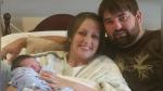 Se equivoca de número al avisar que su bebé ya nació y los desconocidos llegan con regalos al hospital - Noticias de regalos