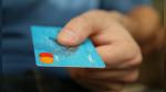 Memorizó tarjetas de crédito de más de 1.300 clientes para hacer compras online - Noticias de bebé