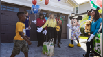 Niño que usó sus ahorros para ayudar a evacuados por el huracán Dorian recibe viaje a Disney - Noticias de aniversario de empresas
