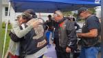 Enfermera ayudó a motociclistas en accidente y un año después ellos le dieron una gran sorpresa - Noticias de camioneta